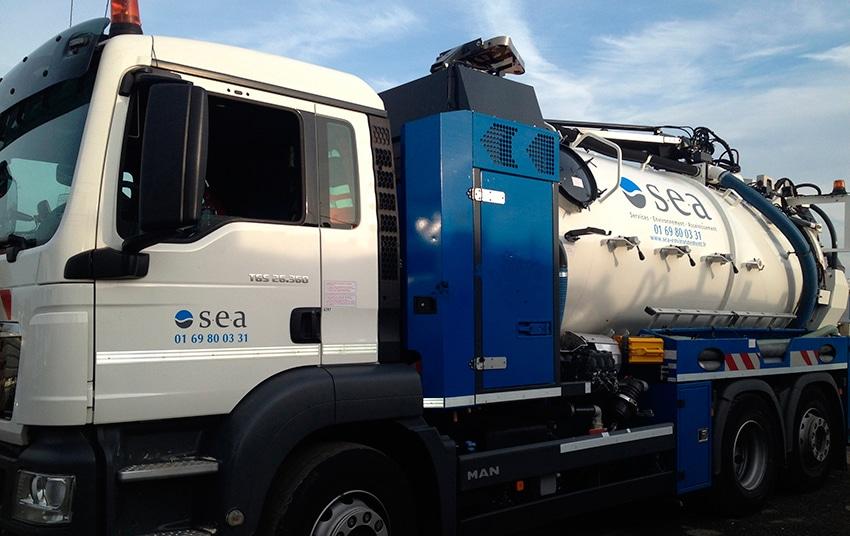 39c-camion-de-curage-sea-entretien-assinissement-reseaux-de-canalisations-eau-Essonne-91